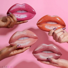 Набор для губ HUDA BEAUTY 3 в 1